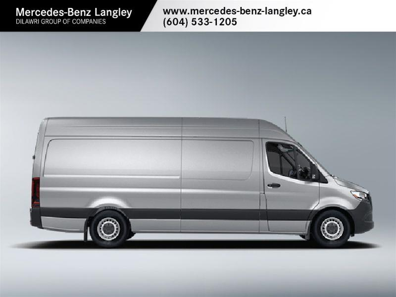 New 2019 Mercedes-Benz Sprinter V6 2500 Crew Van 144